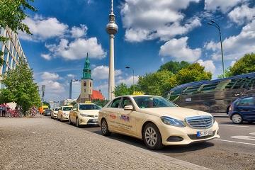 Taxival külföldön: London, Párizs, Berlin – 2018